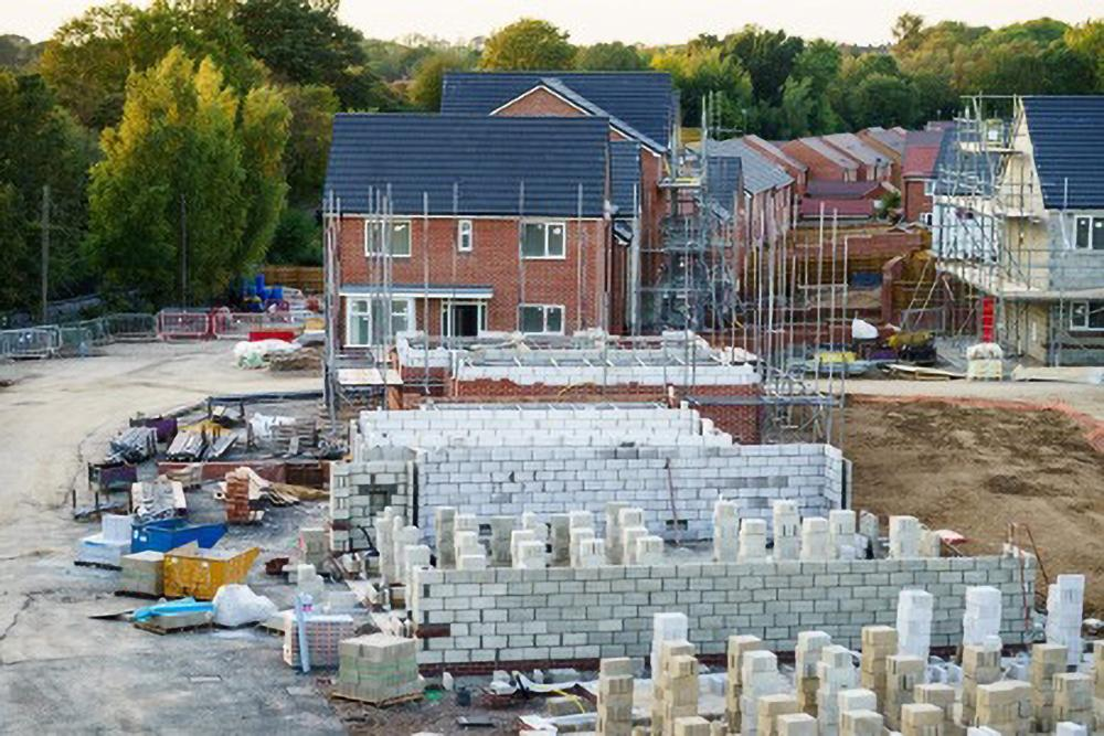 How Building Contractors Plays a Key Role in Reducing Project Construction Costs